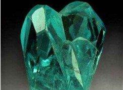 全世界最稀有矿物之一:磷叶石
