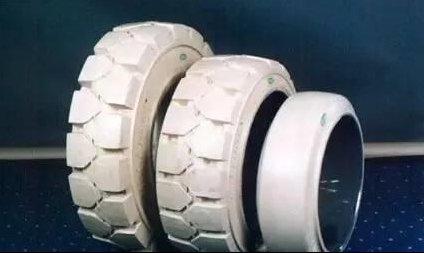 【趣闻】白色橡胶为什么制造出黑色轮胎?