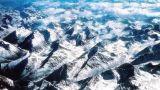 喜马拉雅山脉下藏有锑矿、云母等有色矿产资源