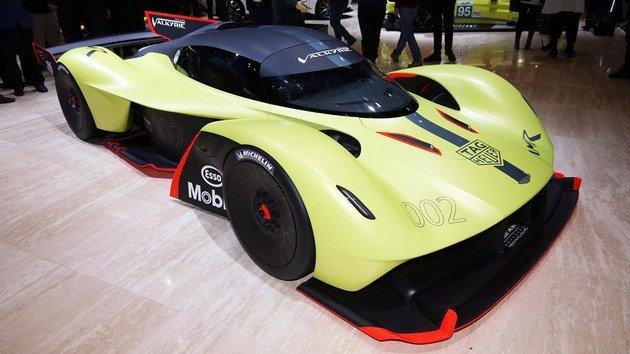 超酷超轻!盘点地球上仅有的10款全碳纤维车身的跑车