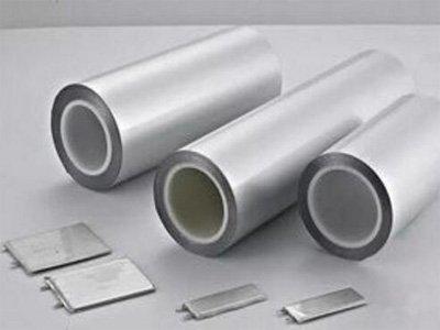 软包锂电池持续增长 铝塑膜加快进口替代