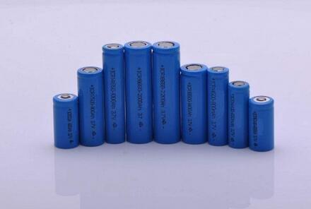 公开征求对《锂离子电池行业规范条件(2018年本)》和《锂离子电池行业规范公告管理暂行办法(2018年本)》的意见