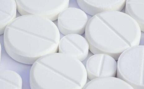 为什么有的药片不能掰开吃?