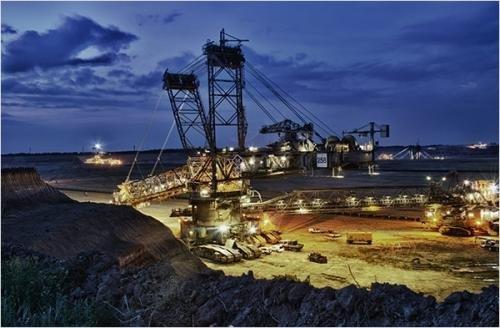 34页PPT了解6大非金属矿行业巨头