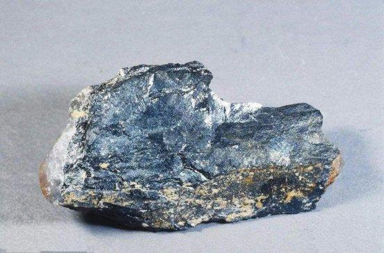 四月锂辉石精矿进口量16.6万吨,锂原矿进口恢复