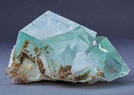 金石资源:量价齐升业绩大幅增长 萤石行业景气继续上行