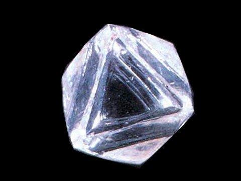 借助抗爆纳米金刚石可发现早期癌症