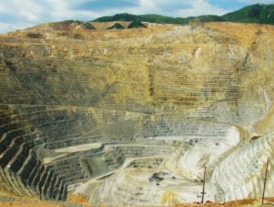 厄瓜多尔布拉马德罗斯铜矿获新发现
