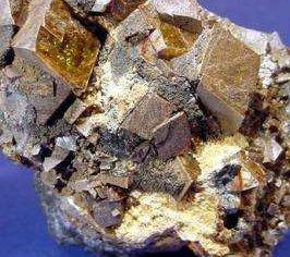印尼允许九家公司恢复镍矿石出口