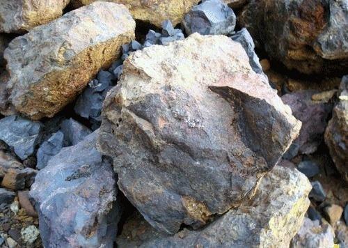 上周五国际铁矿石价格大幅下跌