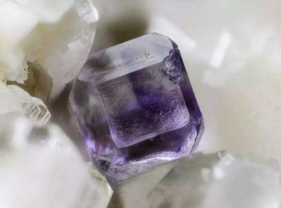 战略性矿产萤石、石墨行业生产技术将推出强制性国标