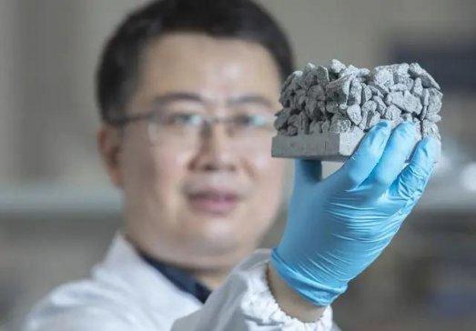 澳门大学孙国星:用水泥制造纳米材料