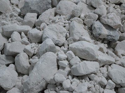 广西河池发现一处储量约6亿吨的碳酸钙矿床