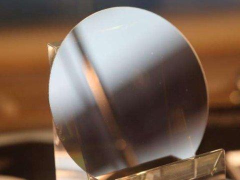 """聚焦六新·率先转型丨烁科晶体:年产7.5万片碳化硅,核心技术不再""""卡脖子"""""""