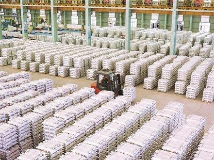 广投新材料集团推动产业集群发展
