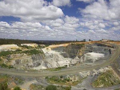 战略性矿产资源绿色勘查开发利用高峰论坛召开