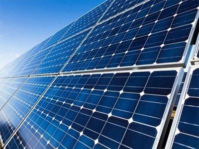 聚焦两会 南存辉:光伏新能源产业是双碳目标实现的主要力量