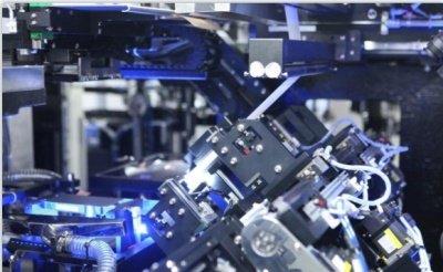 """原材料涨价 急需扩产:动力电池企业面临""""两头挤压""""考验"""