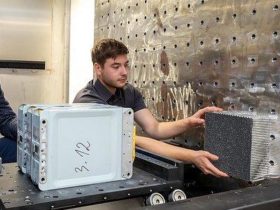 格拉茨大学研究显示:电池使用时间越长越安全