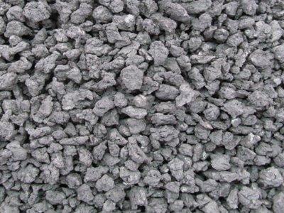 海关查获违规出口海绵钛