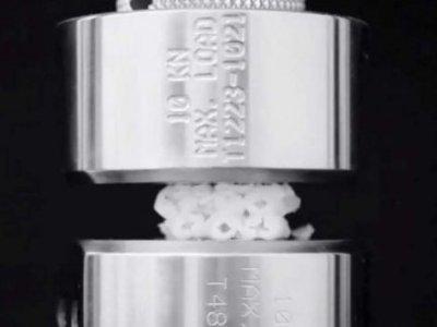 研究人员为陶瓷等材质开发出一种聚合物软壳以防止其破碎