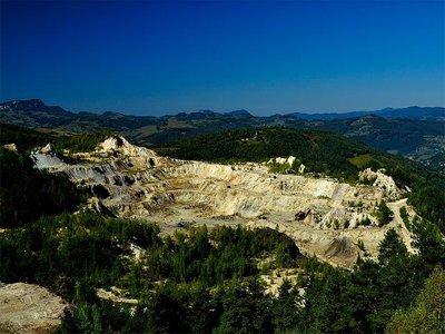 2021年上半年湖南砂石土矿数量减少48.6%
