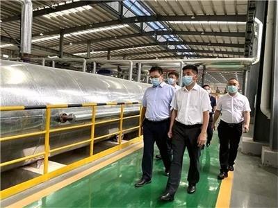 安徽凤阳县领导到访中材宜昌硅酸钙板生产基地