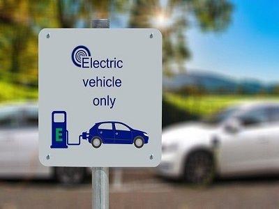 整车市场迎来新发展 新能源汽车电机行业正待同步升级