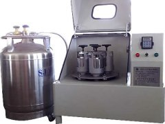 液氮制冷行星式球磨机的图片