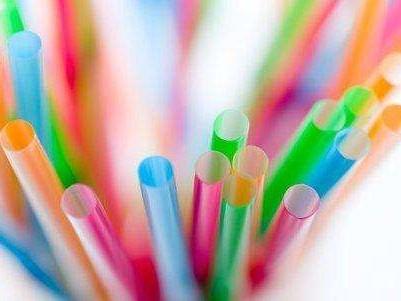 塑料吸管为