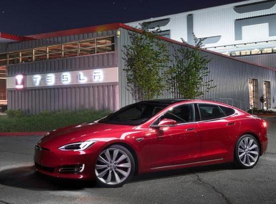 """特斯拉Model 3进入量产 电池供应成新能源车企""""心病"""""""