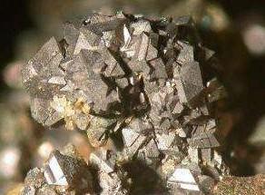 从资源角度来看三元材料的可持续发展