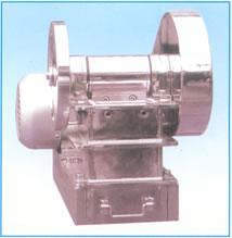 EP-50×80实验室用刚玉陶瓷颚式破碎机