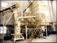 气流粉碎生产线的图片