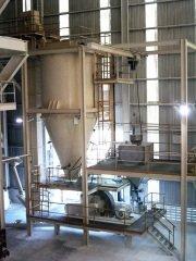 3万吨重钙粉改性生产线的图片