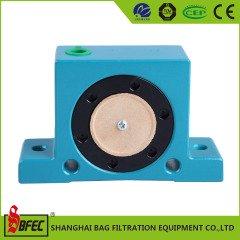 气动滚轮式振动器